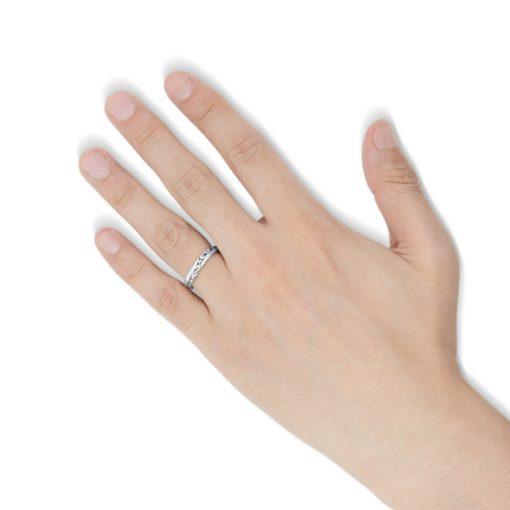 指にはめるアラベスクモチーフ シルバーリング